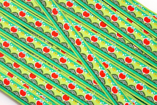 Webband Äpfel & Punkte hellgrün, grün, rot